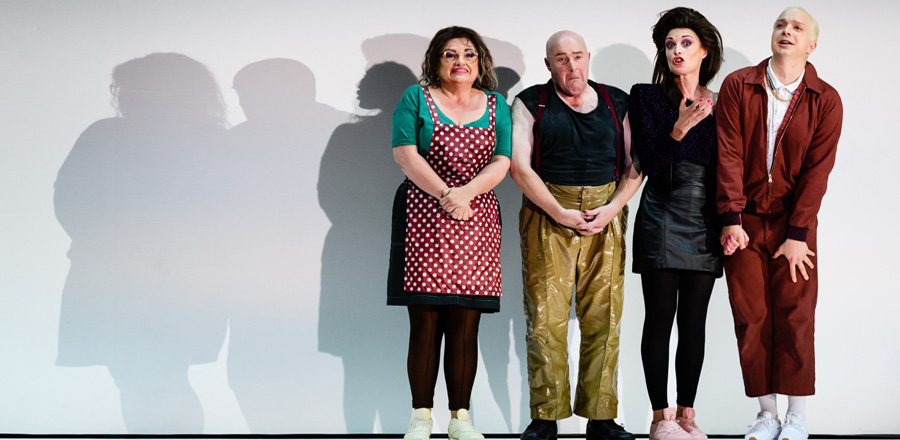 Susan Bullock Andrew Shore Allison Cook And Alex Otterburn In Greek Credit Jane Hobson (1)